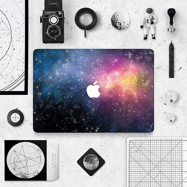 Galaxy ⠀ ⠀ https://buff.ly/2FsdZbz⠀ .⠀ .⠀ .⠀ #thisisfaded #thisisfadedcom #fadedstore #macbookskin #macbookair13 #macbookpro #lifestyle #decals #decoration #interior #instadecor #arquitetura #interiors #interiores #interiordecor #instadesign #decorating #homestyle #designdeinteriores #modern