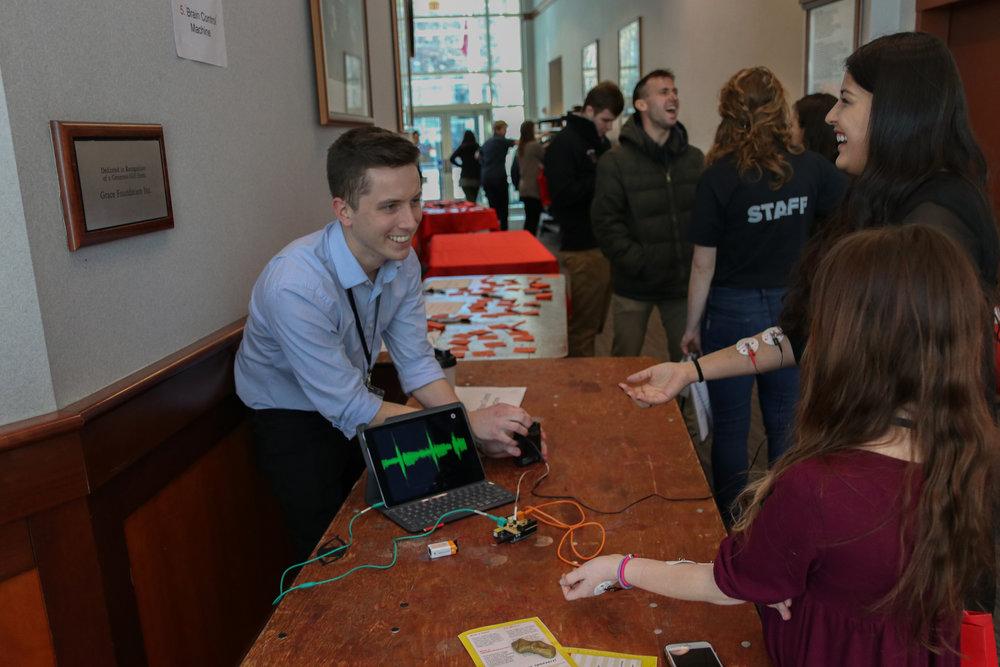 Patrick glover demonstrating his xlab: 'brain control' machine