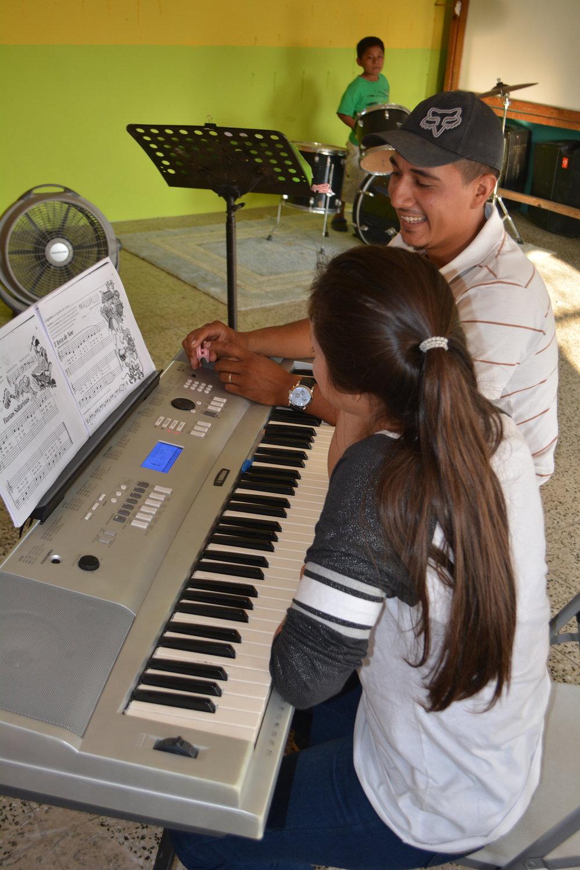 Keyboard Instruction at Zacapa in Guatemala