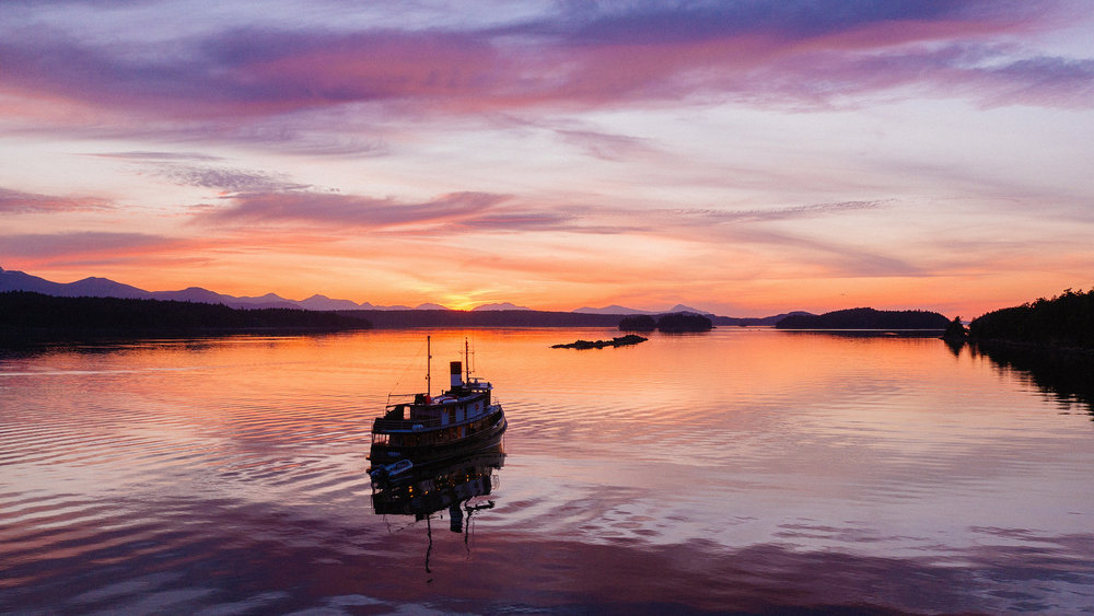 boat-sunset-tugboat-gulf-islands-water-ocean.jpg