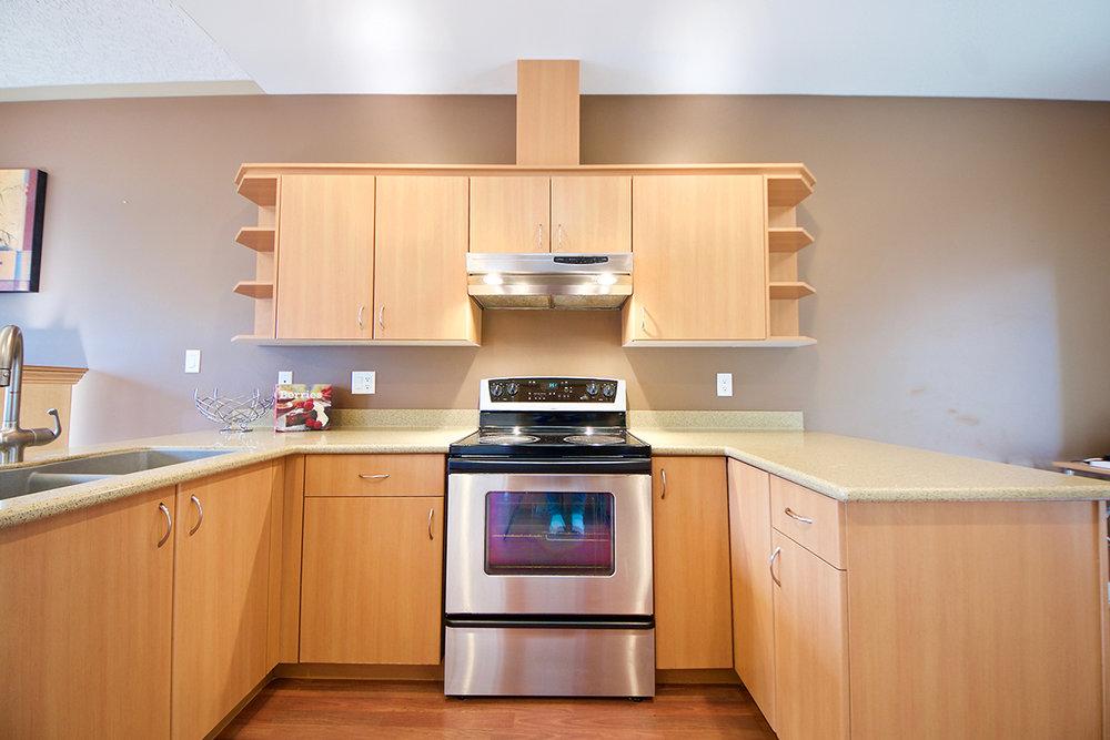 11_kitchen-1.jpg