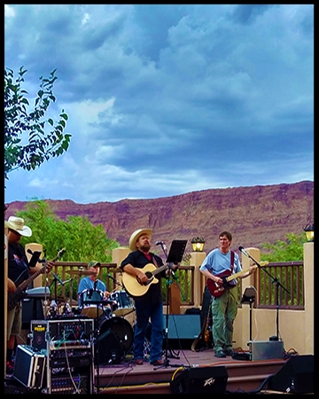 Bubba and the Redrock Outlaw Band, yesterday on the banks of the Colorado River performing at Canyonlands By Night was such fun. Sorry, we ended early as the rains showers rolled in.