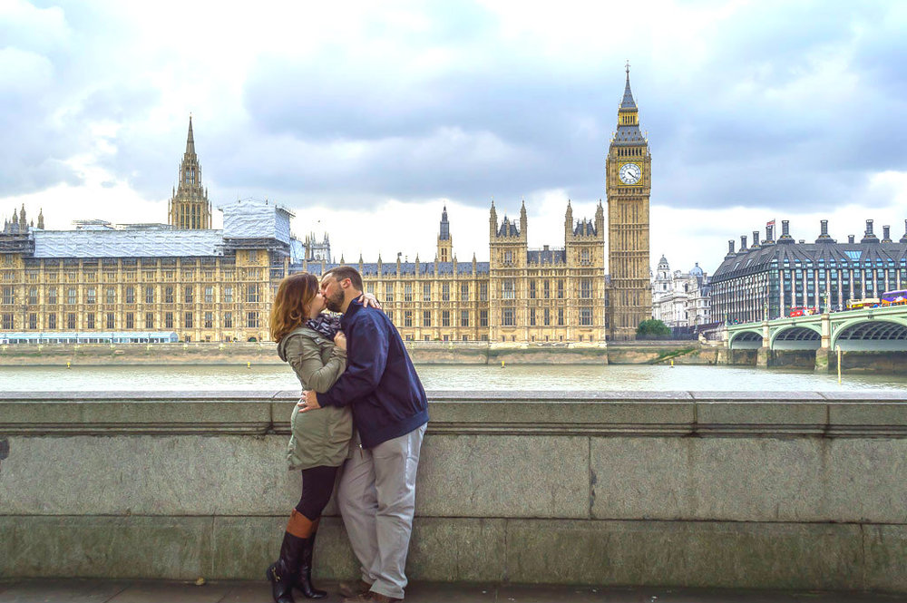 A romantic moment in London.