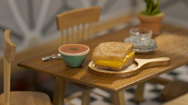 pxqrocxwsjcc_DoJrg8iziC0ys6CYO2sU_tiny-kitchen_s4e11_tiny-grilled-cheese-and-tomato-soup_landscapeThumbnail_en.jpeg