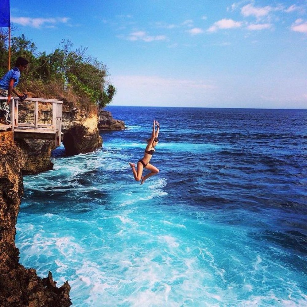 Mahana Point Cliff Jumping  A local bar overlooks this 10m high cliff jumping point, where you can leap into the crystal clear waters below from 6 m, or for the more adventurous traveller, 10 m.  Lembongan, Nusapenida, Klungkung Regency, Bali 80771, Indonesia   www.lembonganisland.com