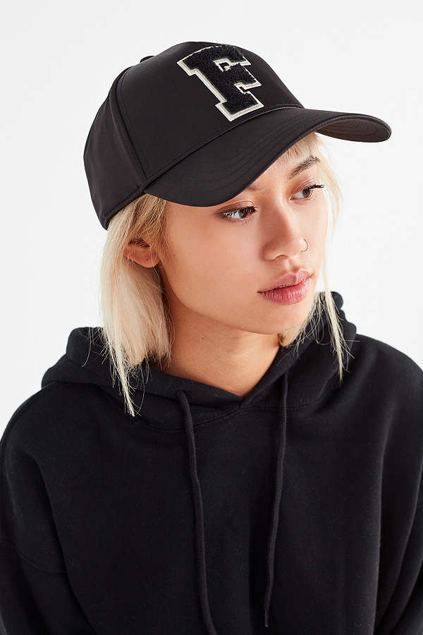 https://www.urbanoutfitters.com/shop/puma-fenty-by-rihanna-monday-baseball-hat?adpos=1o1&cm_mmc=SEM-_-Google-_-PLA-_-300416964953_brand_urban_outfitters_x_fenty_puma_product_type_w_product_type&color=001&creative=209973910497&device=c&gclid=EAIaIQobChMI8uCRx_qF1wIV15d-Ch0ztwZYEAQYASABEgLllPD_BwE&matchtype=&mrkgadid=3215513456&mrkgcl=671&network=g&product_id=42914812%20001%200000&rkg_id=h-13bc77b041ee0a67d34f97727bfe81e3_t-1508734661&utm_campaign=Google&utm_content=300416964953_brand_urban_outfitters_x_fenty_puma_product_type_w_product_type&utm_medium=paid_search&utm_source=SEM&utm_term=GSC%20-%20Designers%20%28Mobile%29