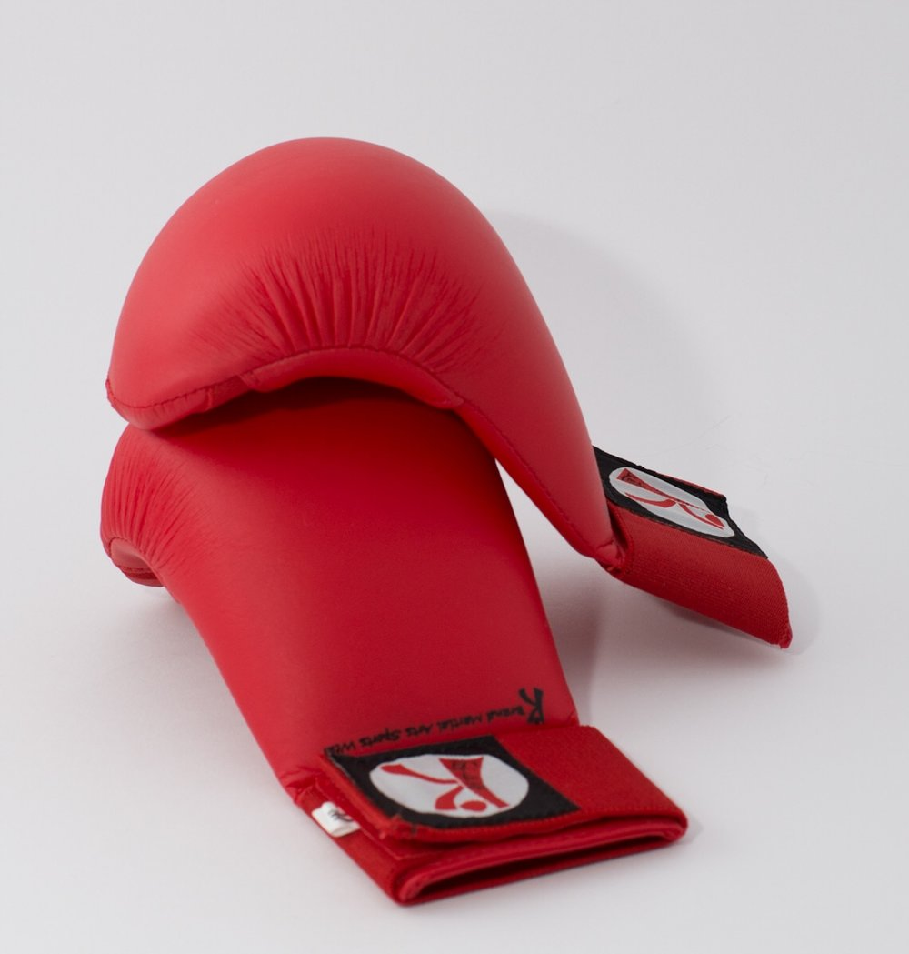 Mitts       Available in Red, Blue and   White