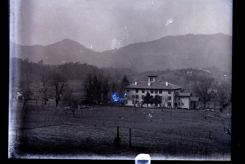 McAboy House 1890.jpg