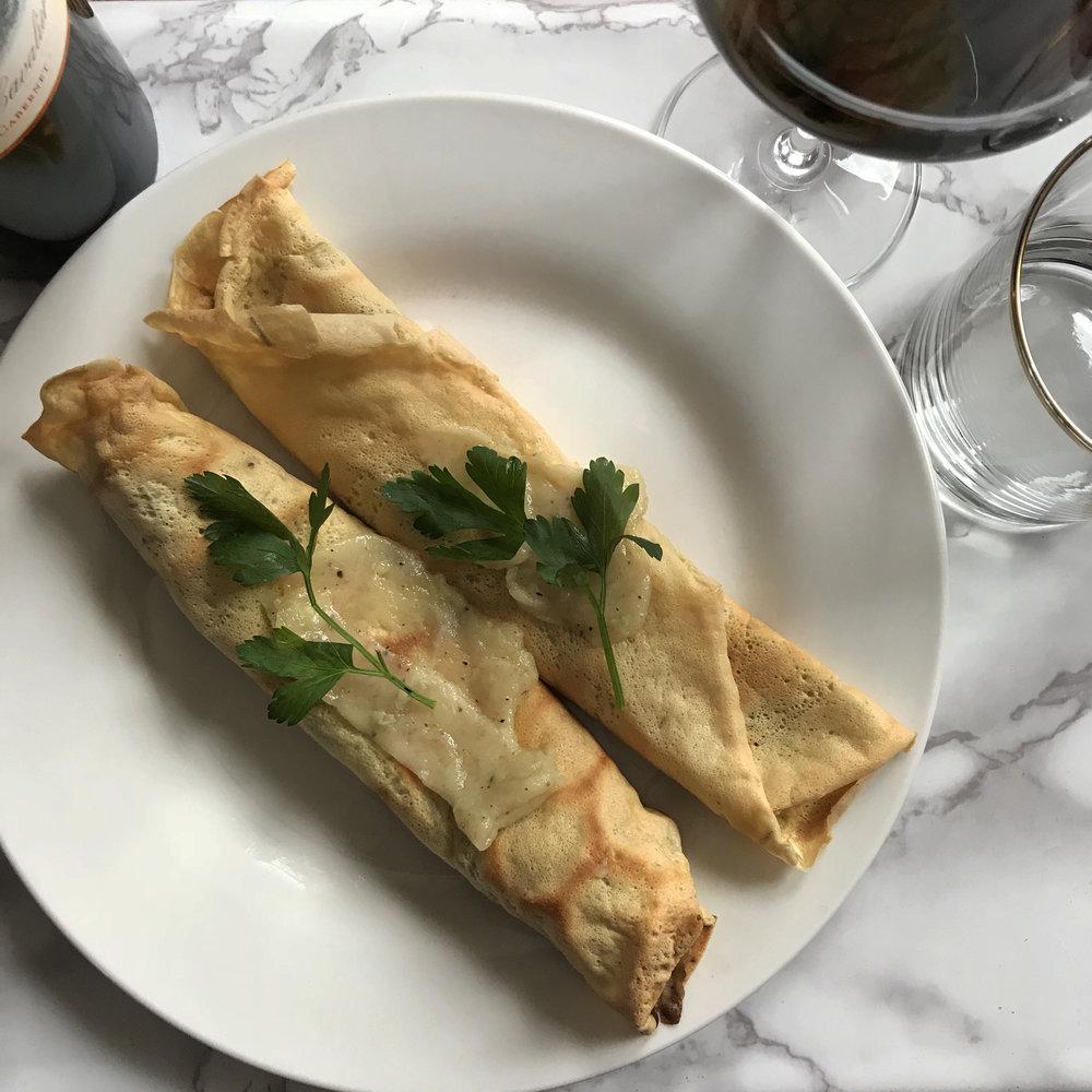 easy, elegant dinner - sunday night wine club:mushroom & gruyere crepes