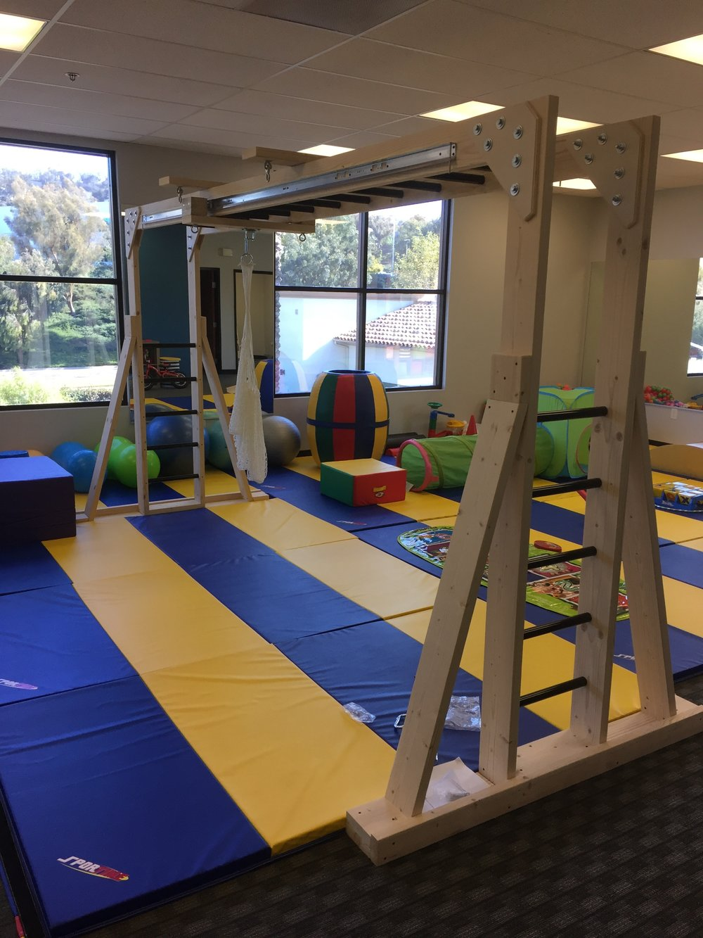 indoor swing set.jpg