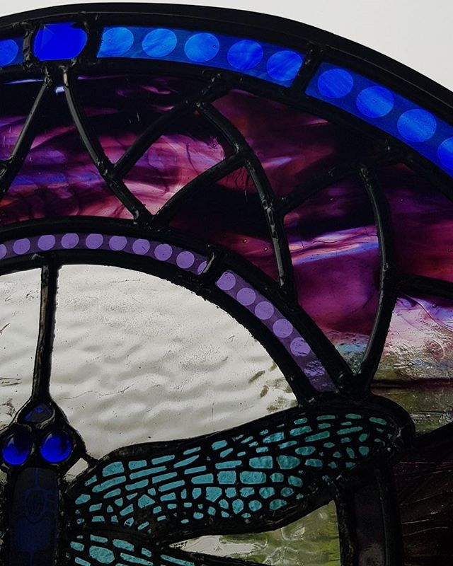 Up close 😍  #stainedglass #glass #window #leadlight #kokomoglass #interiordesign #spatialdesign #design #architecture #dragonfly #pearling #lead #dunedin #art #newzealand #details