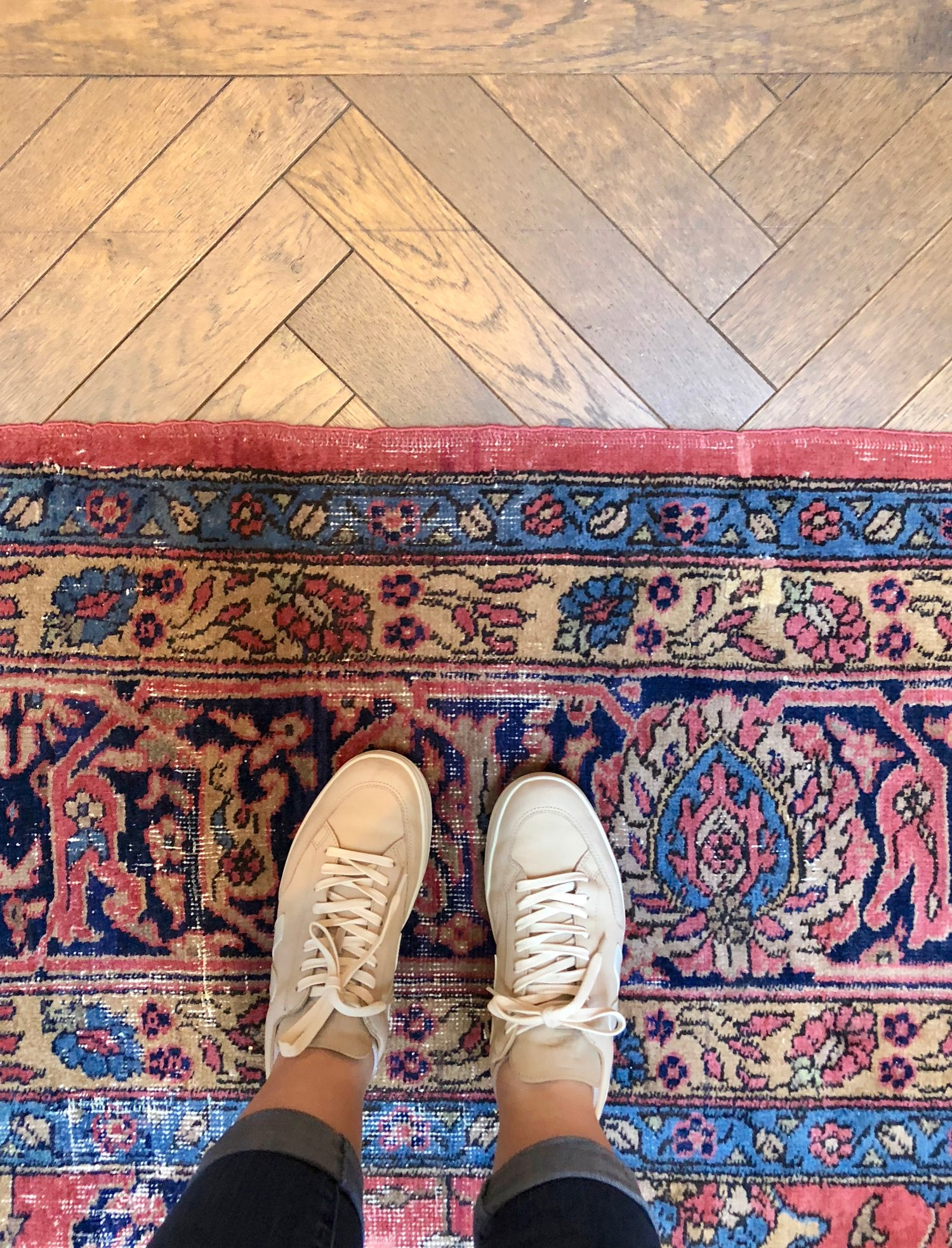 hand-knotted-rug-the-adolphus-dallas-market-rug-recap-best-rugs