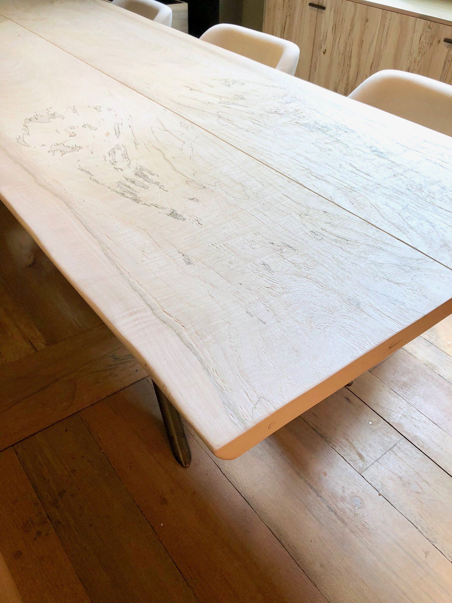 The ANGEL of all tables.  Absolutely stunning -- like nothing else.  Beautiful smooth finish.  #mynextdiningtable