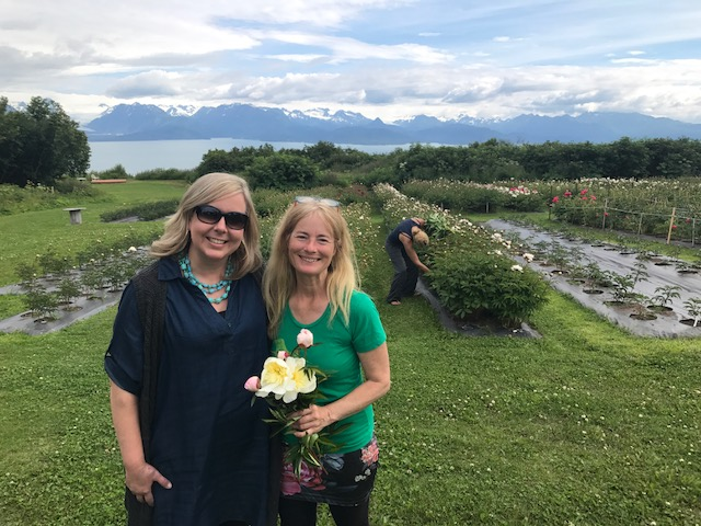 Meeting Michelle LaFriniere of  Chilly Root Peony Farm  was such a treat after corresponding for the last few years and seeing the beautiful farm where I bought some of my peonies from summers past.