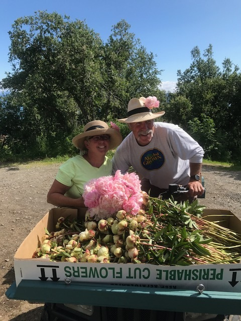 These two!! I just adore them!  Beth Van Sandt & Kurt Weichhand are two of the hardest working people I know!  I'm beyond grateful that they welcomed me on their gorgeous peony farm for a week and gave me a one-of-a-kind experience that I will never forget!