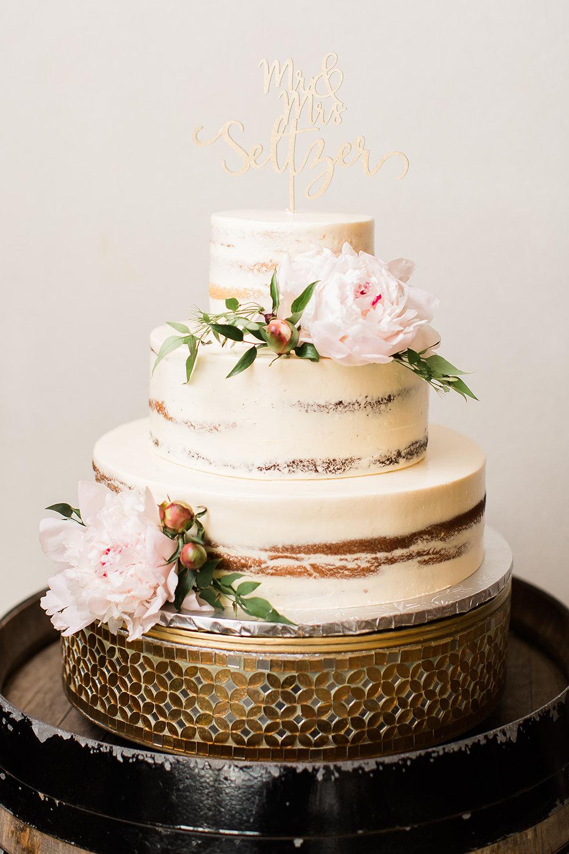 Candice Adelle Photography Charleston Wedding Photographer Virginia Wedding Stone Tower Winery (722 of 1114).jpg