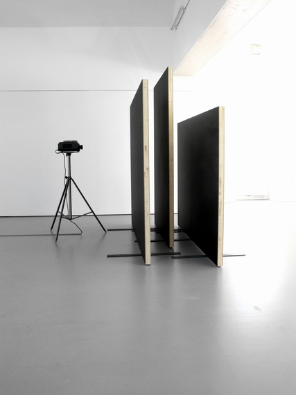"Sofie Thorse    ""PROVISORISCHES YOGA"" at Grazer Kunstverein"