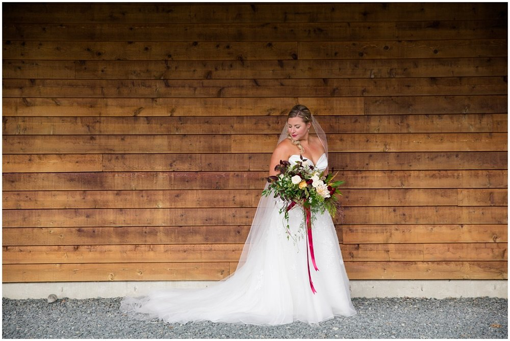 Amazing Day Photography - Fraser River Lodge Wedding - Fall Wedding - Fraser Valley Wedding Photographer - Langley Wedding Photographer (25).jpg