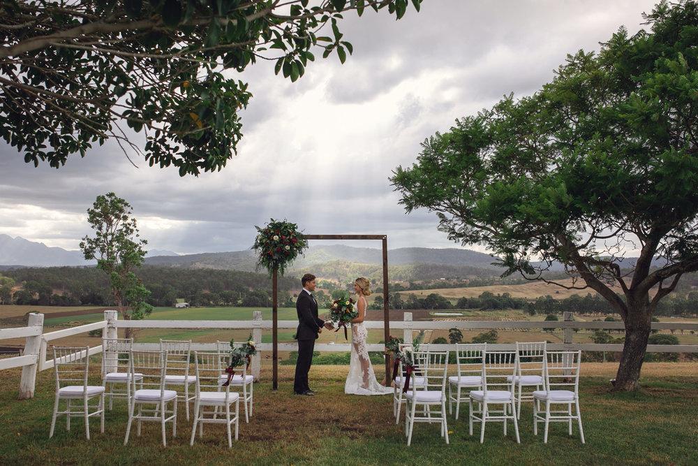Picturesque ceremony -