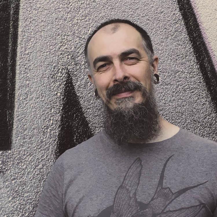 Ivan Antikapratika -1.jpg