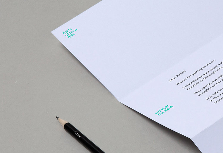 Visualaz_Letterhead_Angle_Grey_Crop.jpg