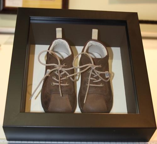hampshire-picture-framing-framed-memorabilia-013.jpg