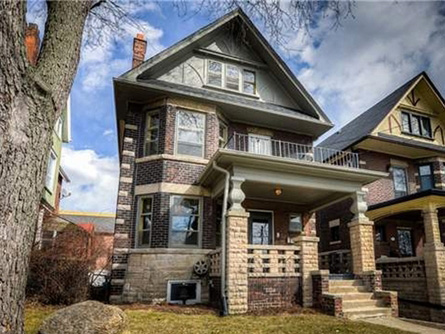 585 Carlaw Ave. SOLD