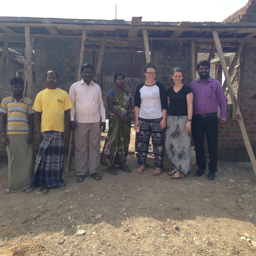 2 builders at Pasto Thomas' church, Pastor Thomas, Pastor Thomas' wife - Jodi, Alice, Sherry and Gold