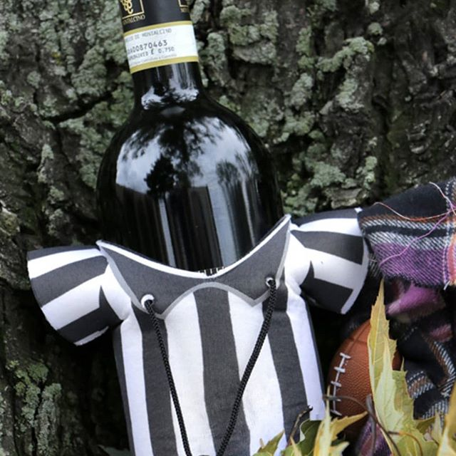 One of the reasons to love autumn: Football and Wine, two of our favorite things! . . . . #favoritethings #football #footballseason #leaves #fall #autumn #wtso #winestilsoldout #wine #winelover #winelife #wineonline