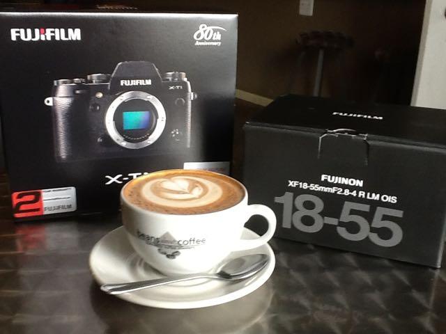 FujiFilm X-T1 & Coffee