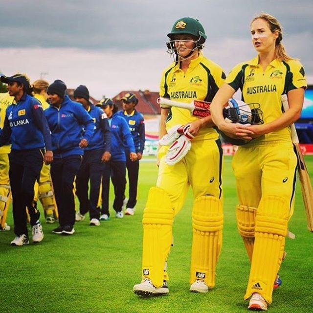 Our gals @meglanning7 and @ellyseperry were pivotal in the @southernstars convincing win over NZ today in the #WWC17! Perry amassed a casual 71 runs 💅 Aussies on top! #sportstory #newhero