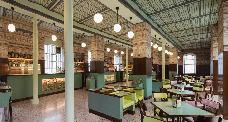«Bar-Luce»-Fondazione-Prada-1.jpg
