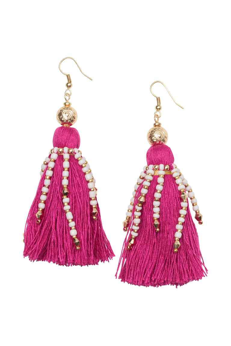 STATEMENT DROP EARRING  Earrings with Tassels from H&M £7.99