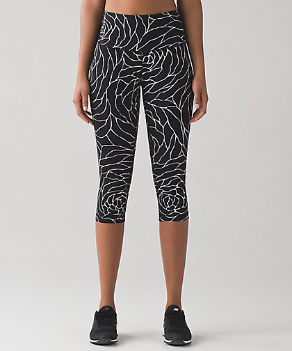 Wunder Under Hi Rise Half Tight by Lululemon £72.00
