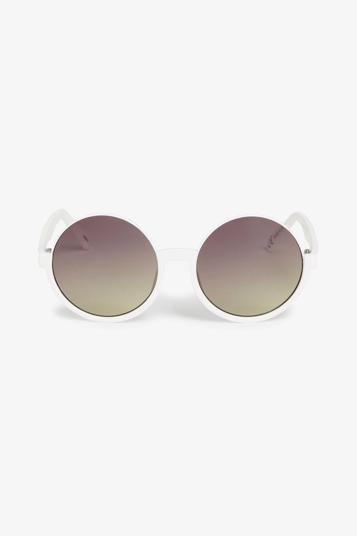 90s Hippie Sunglasses in White £10.00 at Monki