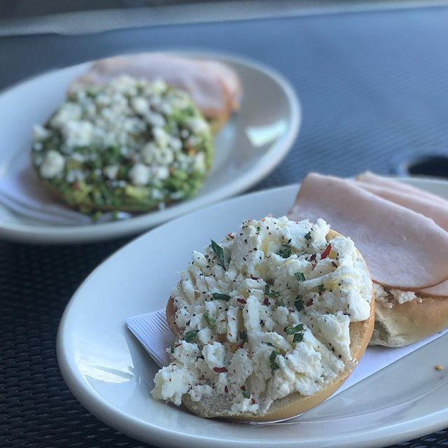We've added a new savory bagel spread at our Kings location! It's a feta ricotta blend sprinkled with red pepper flakes and chives 🤤Add a slice of turkey and you've got yourself a perfect little lunch!