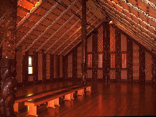 The Māori Whare Runanga By Sids1 [CC BY 2.0]
