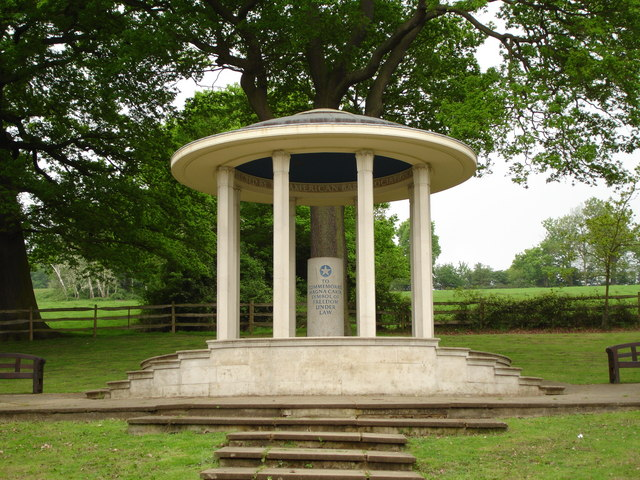 Memorial at Runnymede, where King John signed the Magna Carta. Photographed by Brian Slater CC 2.0
