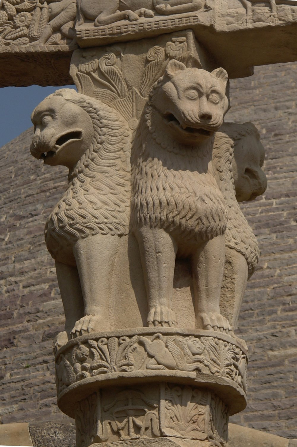 Lion Capital of Ashoka. Creator: Yann. Creative Commons Attribution-Share Alike 4.0 International, 3.0 Unported, 2.5 Generic, 2.0 Generic and 1.0 Generic licensed. Via  Wikimedia Commons .