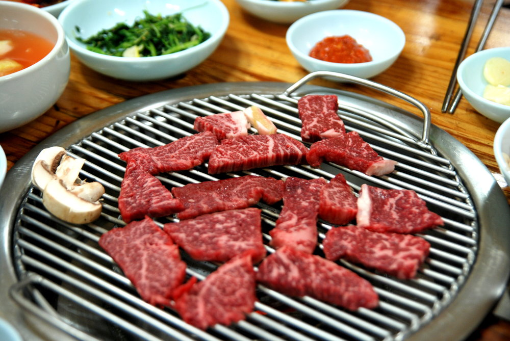 Korean Grilled Meat   횡계 한우. By suksim (originally posted to Flickr as 횡계 한우 3) [ CC BY 2.0  (http://creativecommons.org/licenses/by/2.0)], via Wikimedia Commons