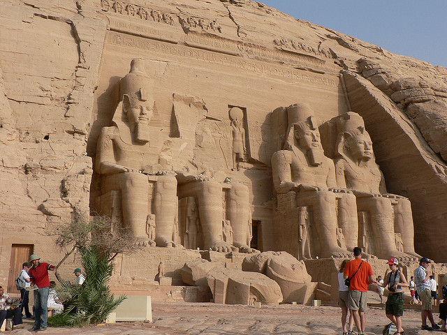 Abu Simbel, temple of Ramesses the Great. Photo by eviljohnius.