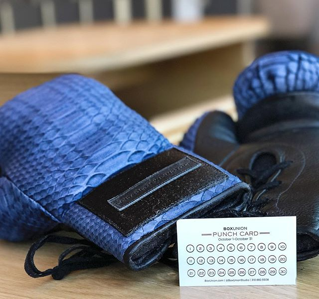 Starting this Sunday, 10/1 we're giving #Punches4Punches👊🏻 For the entire month, challenge yourself to take your bag game one punch further with the BU Punch Card, and get some kickass rewards for your hard work and 💦  5 PUNCHES 🔥 BOXU SWEATBAND 10 PUNCHES 🔥 BOXU HAT 20 PUNCHES 🔥 BOXU GEL WRAPS 30 PUNCHES 🔥 NEW GLOVES  Pick up your punch card at the front desk TODAY! #BoxUnion #Togetherwebox #Buildyourgreatness