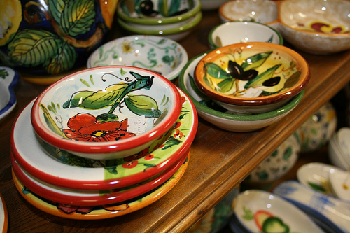 ceramic bowls www.talkoftomatoes.com