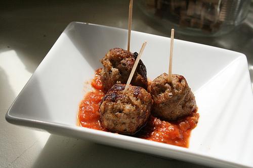 meatball appetizer www.talkoftomatoes.com