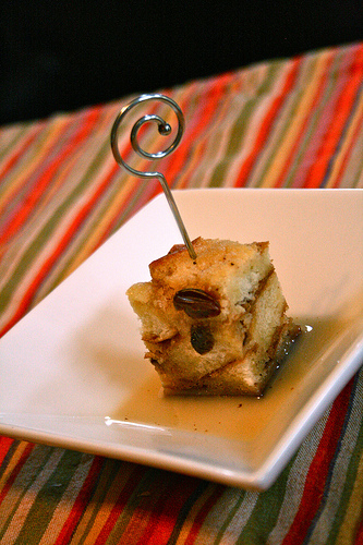 whiskey bread pudding www.talkoftomatoes.com