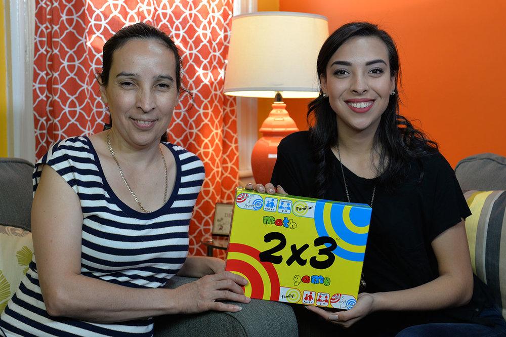 Necesitamos tu ayuda! Por favor dona a nuestra campaña de crowdfunding.  -- Isabel y Velvet Alvarez