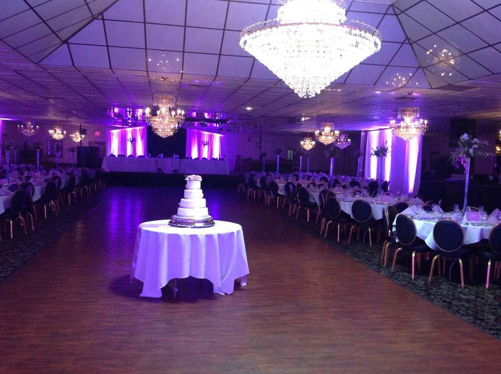 tiff-purple-cake-dancefloor.jpg