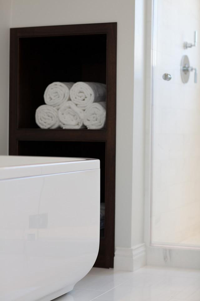modern tub, bathroom, bath, shower, bathroom storage