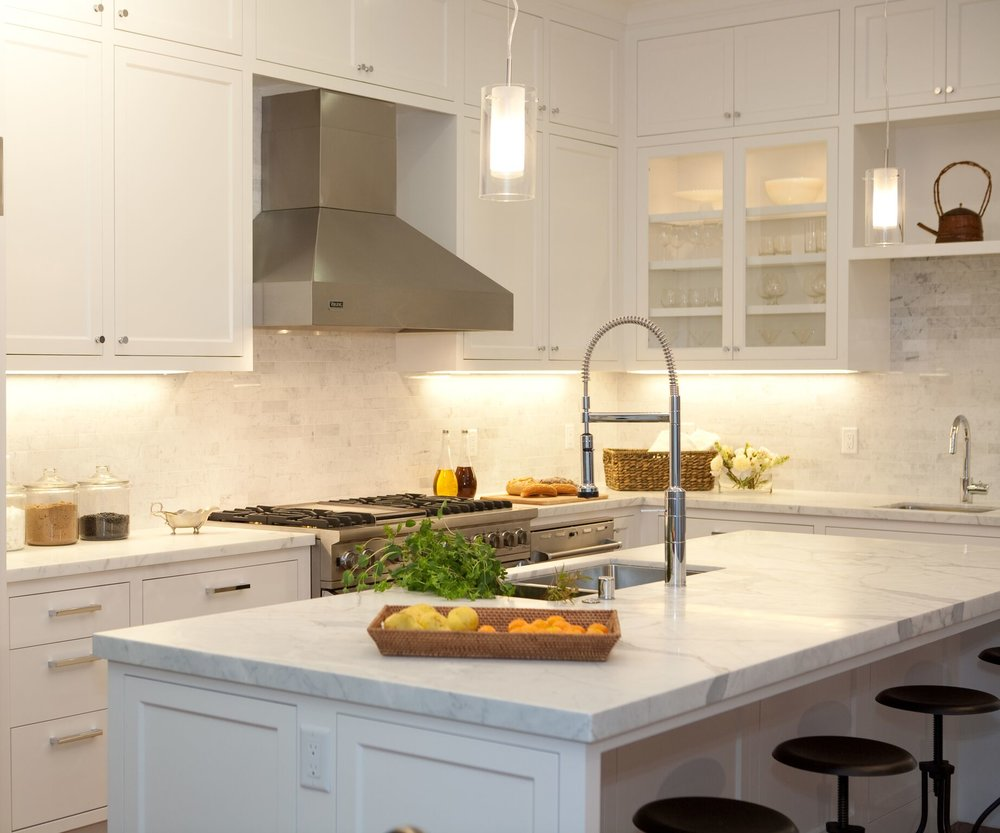 kitchen, barstools, breakfast nook, stainless steel appliances, carerra marble counters, subway tile backsplash