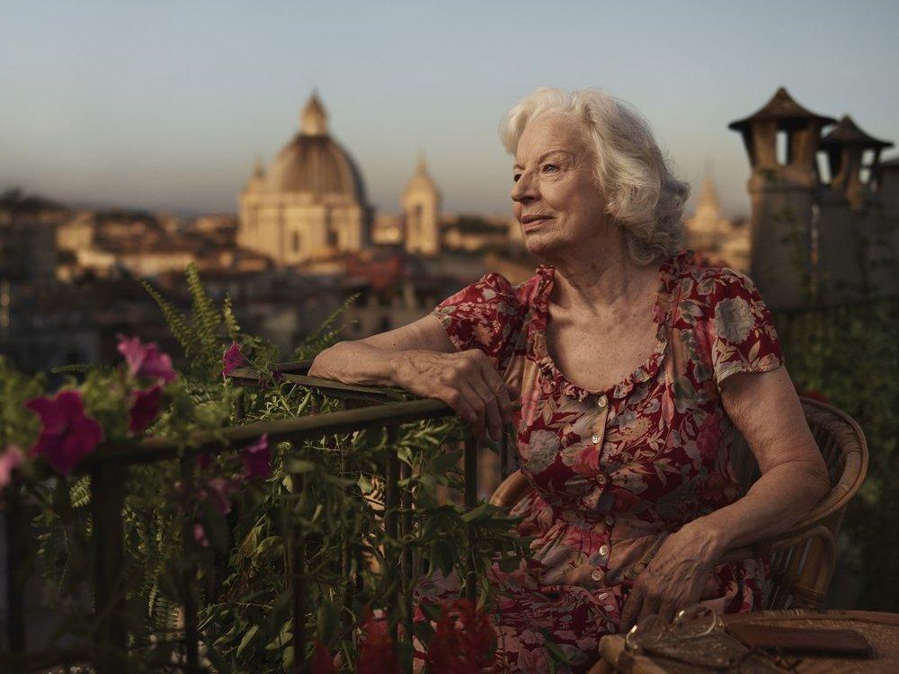 Joey_L_Photographer_Poste_Italiane_Campaign_01.jpg